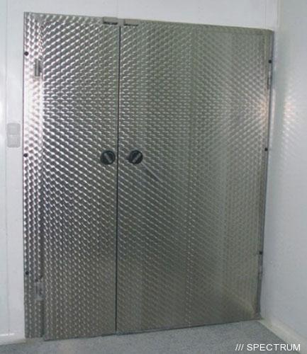 Морозильные двери двустворчатые из нержавейки